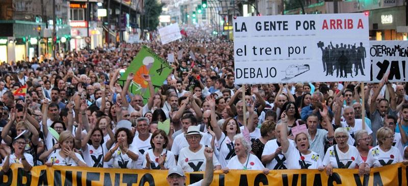 Foto portada: una de las movilizaciones. Autor: SoterramientoMurcia.es