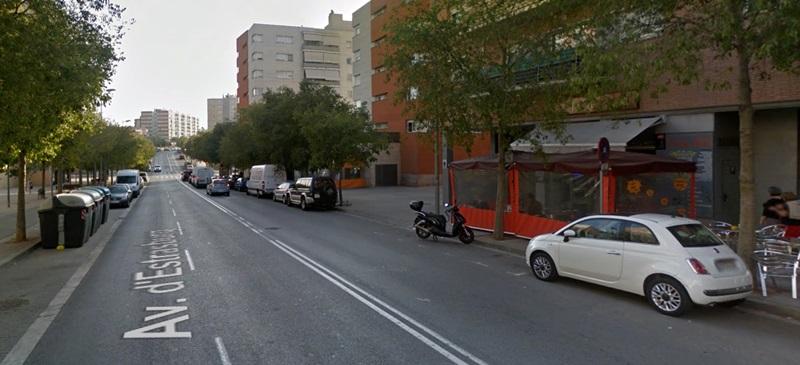 Foto portada: punt de l'avinguda Estrasburg on ha tingut lloc d'accident, segons la Policia Municipal. Autor: Google Street View.