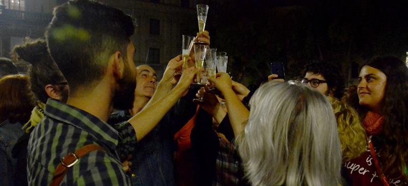 Foto portada: celebració a la plaça Sant Roc. Autor: David B.