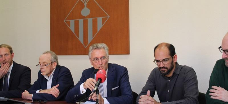 Foto portada: l'alcalde d'Eindhoven i Maties Serracant. Autor. A.Soto.