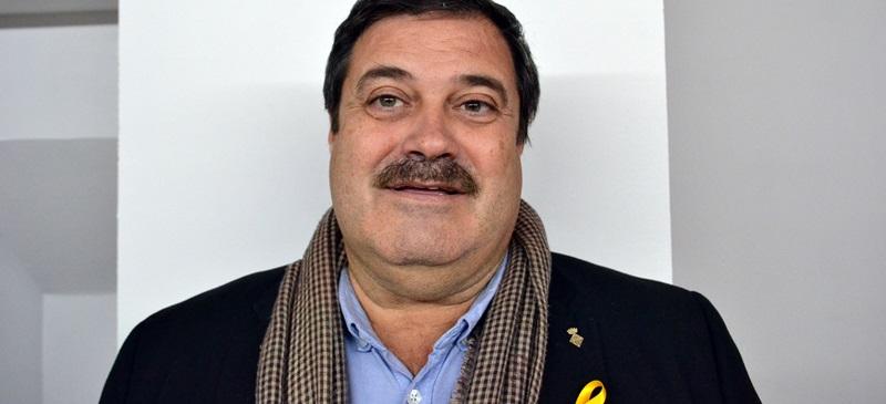 Foto portada: el regidor de Salut, Ramon Vidal, aquesta tarda. Autor: J.d.A