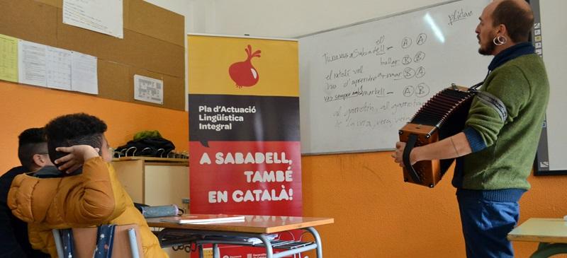 Foto portada: taller, a l'IES Ribot i Serra, aquest matí. Autor: J.d.A.