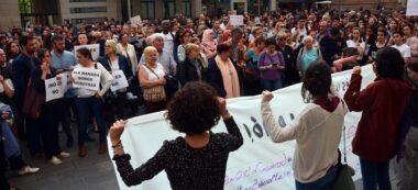 Foto portada: concentració contra la sentència a La Manada, a la plaça Sant Roc. Autor: J.d.A.