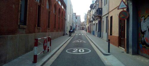 Foto portada: el carrer Llobet, aquesta tarda. Autor: David B.