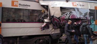 Aspecte de dos vagons de tren després que els combois hagin xocat a Castellgalí. Autor: ACN.