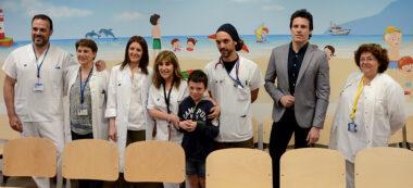 Inauguració del mural d'urgències pediàtriques. Autor: David B.