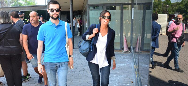 Marta Farrés a l'arribada als Jutjats de Sabadell. Autor: David B.