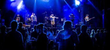 Foto portada: concert de Candela Roots, aquest divendres. Autor: J.Peláez / Ajuntament.