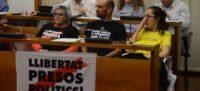 Foto portada: els regidors de la Crida Nani Valero, portaveu municipal, Maties Serracant i Anna Lara. Autor: David B.