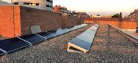 Plaques solars en una escola. Autor: Ajuntament