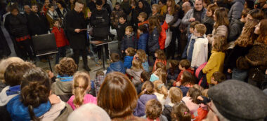Inauguració carrer Sant Pere - Actuació de màgia. Autor: David B.