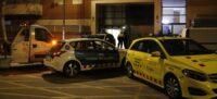 Pla general del dispositiu policial a Terrassa on un mosso ha assassinat la seva exparella, el 19 de gener del 2020. (Horitzontal)