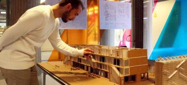 Un dels estudiants de l'ETSAV que ha participat en aquest curs per definir projectes per Badia del Vallès.