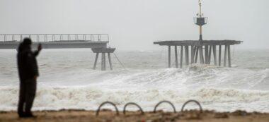 Foto portada: el pont del petroli de Badalona, destrozado por el temporal Gloria.